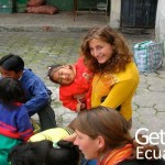 Volunteer Playing with Kids Ecuador